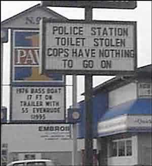 http://hadassahsabo.files.wordpress.com/2009/05/funny_signs_8.jpg